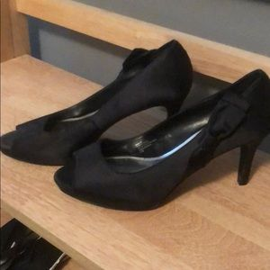 White House Black Market Black Heels, Size 8 1/2